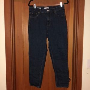 Pull and bear EUR 40 US 8-10 mom jeans.